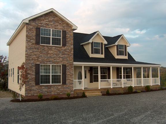 Patriot Home Sales - Model: HK101-A Sample Home Pennwest Ridgefield Cape / Two Story Combination Front Exterior Photo